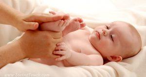 Quando scegli un prodotto per la cura del corpo del tuo bambino assicurati che non vi siano ingredienti nocivi per la sua pelle